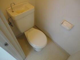 ベルハイツNo.5 206号室のトイレ