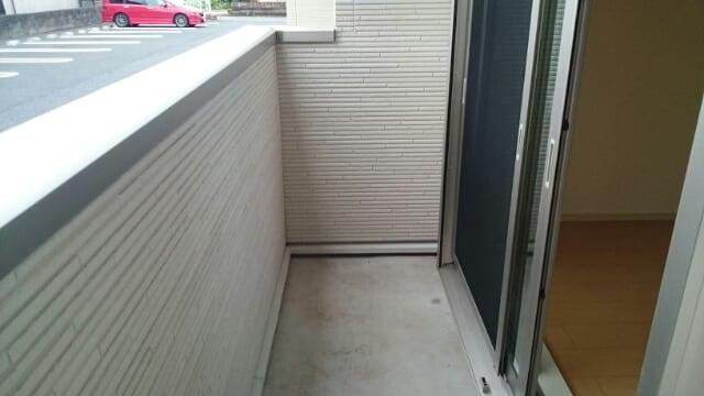 ルガ-トリミテッド1037Ⅱ 01030号室の駐車場