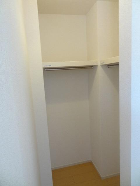 パルパレスA 01010号室の収納