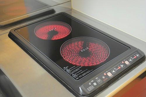 レオパレスブリリアント 201号室のキッチン