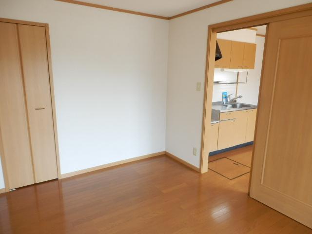 サンドミールA 01030号室のトイレ