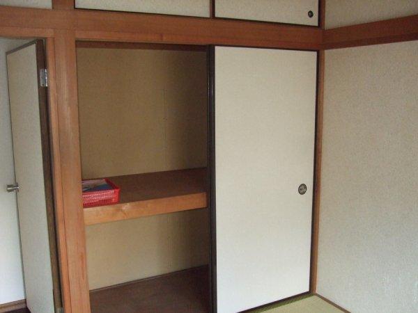カーサ・ディ・アモーレ 202号室の収納