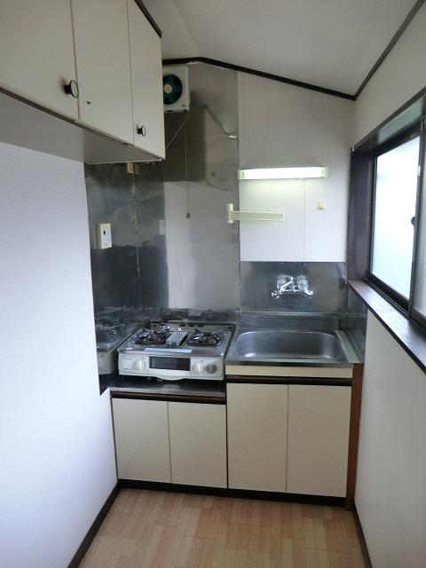 北原ハイツ 201号室のキッチン