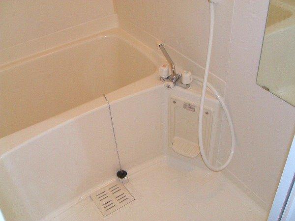 グリーンコーポ勝部 205号室の風呂