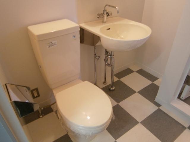 アッパルタメントベラヴィスタ 801号室のトイレ