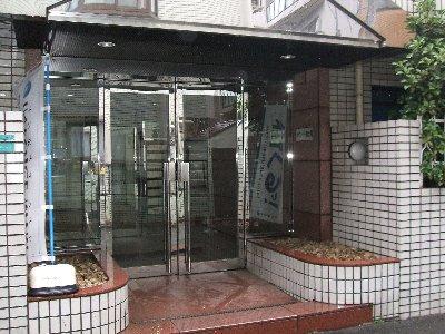 メゾン・ド・南大塚NO1 101号室のエントランス