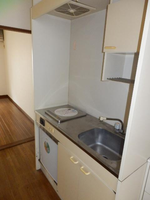 ネットテラス市沢 102号室のキッチン