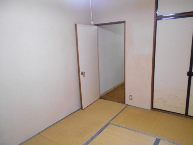ママハウス 202号室のリビング