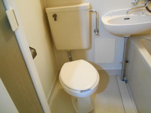 ママハウス 202号室のトイレ