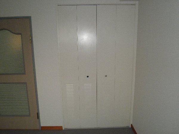 ライフスクエア東 303号室の設備