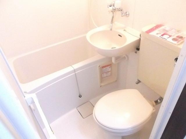 レザン浜田山 103号室の風呂