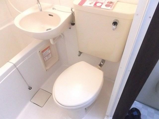 レザン浜田山 103号室の収納