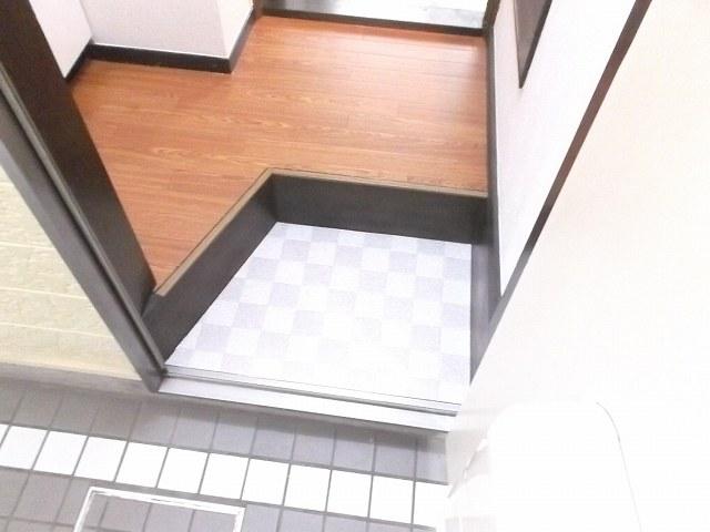 レザン浜田山 103号室の景色