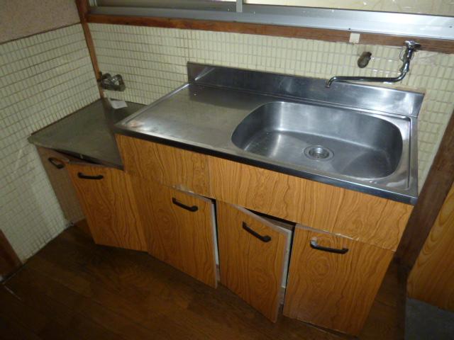 カクタス荘 101号室のキッチン