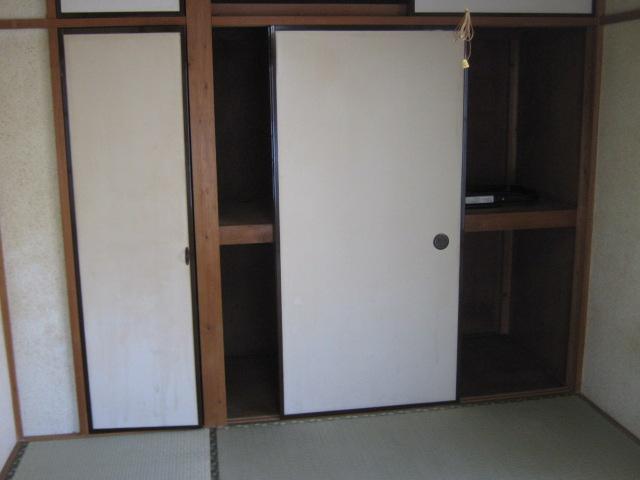 小玉ハイツ 102号室の収納