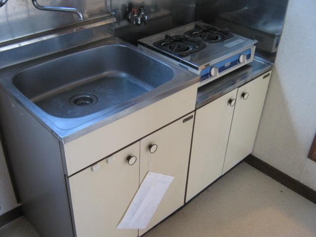 小玉ハイツ 202号室のキッチン