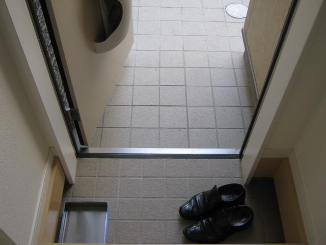 バーミープレイス駒込 103号室の玄関