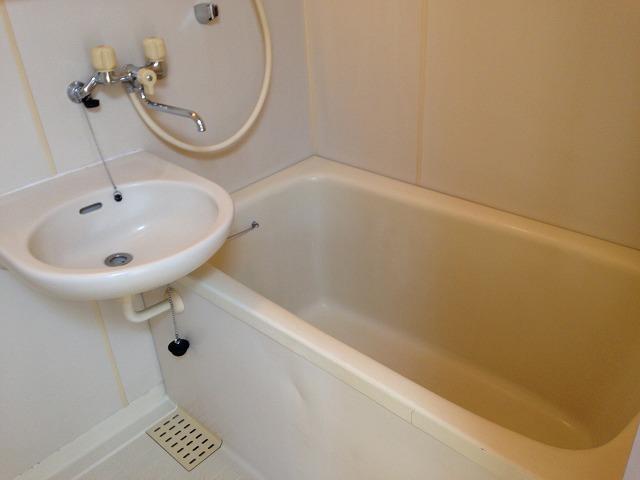 ハイツスウィート2 101号室の風呂