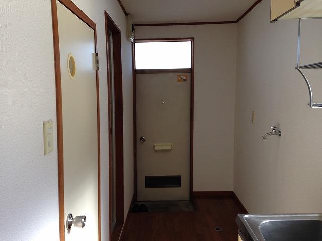 ハイツスウィート2 101号室の玄関