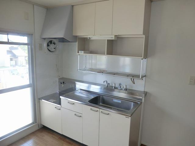 坪田ハイツ 301号室のキッチン