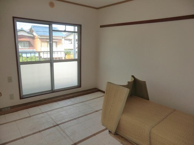 坪田ハイツ 301号室のベッドルーム