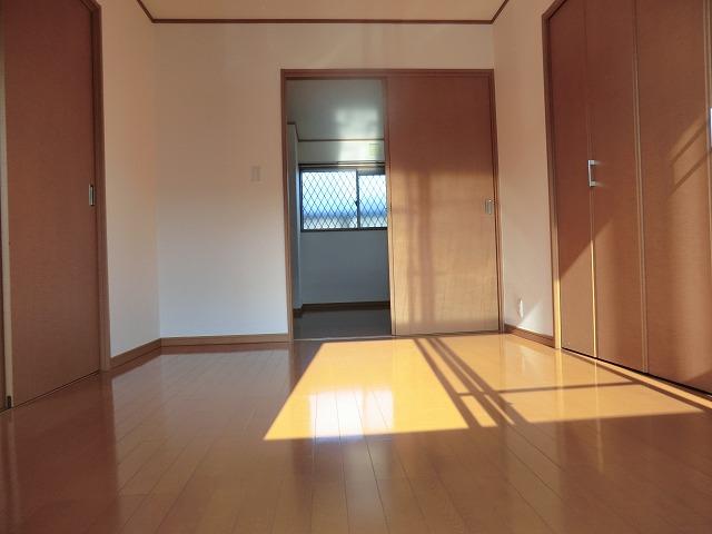 タウニー作野 B 202号室の居室
