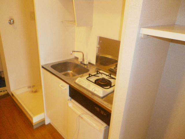 サンハイム久保田 202号室のキッチン