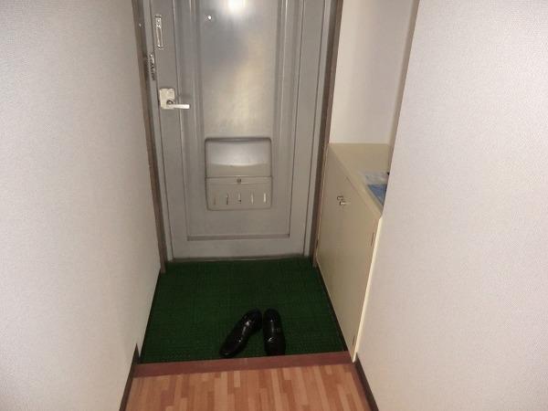 210ルミエール 213号室のセキュリティ