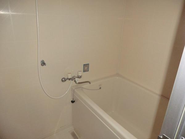 210ルミエール 213号室の風呂