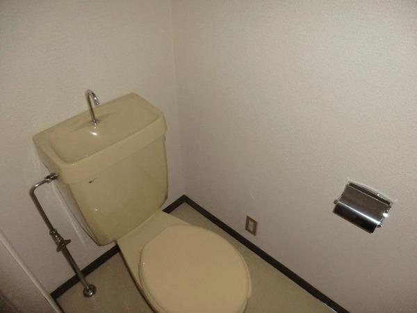 210ルミエール 213号室のトイレ