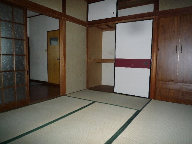 久末アパート 202号室の収納