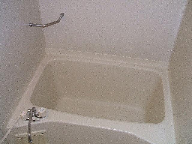 フレスカ伊吹 201号室の風呂