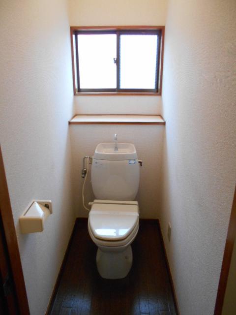 メゾンカトレア 201号室のトイレ