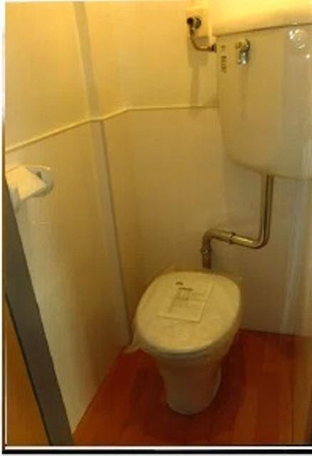 松田ビル 301号室のトイレ