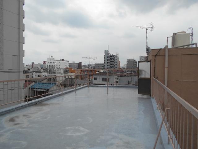 松田ビル 301号室のバルコニー