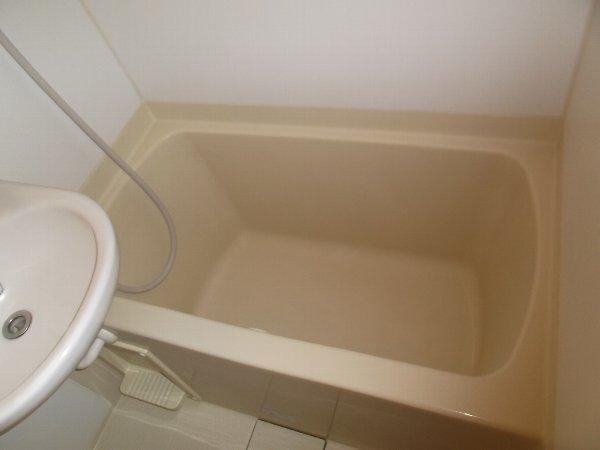 アルバティアラ 103号室の風呂