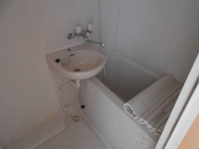 サンテール亀島 3B号室の風呂
