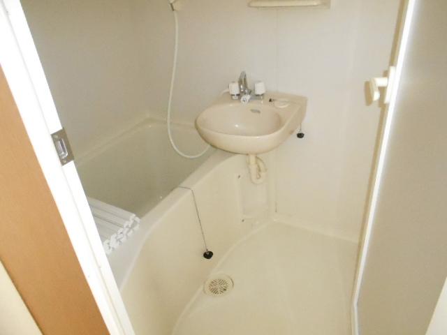 ハイム千石 101号室の風呂