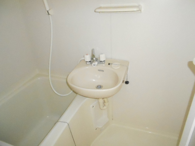 ハイム千石 101号室の洗面所