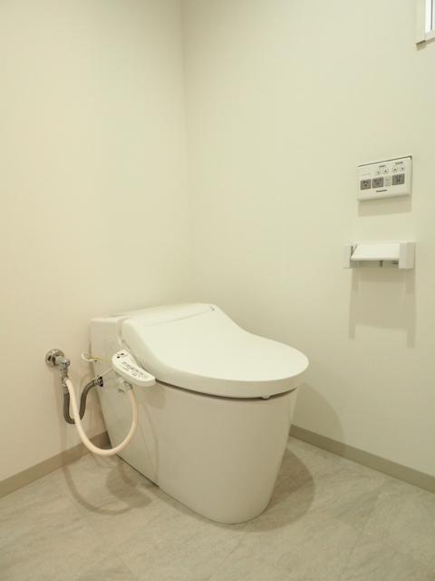 NEST黒川 201号室のトイレ