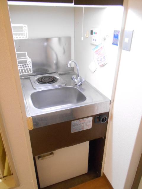サニーハイツ西ノ京 3-F号室のキッチン