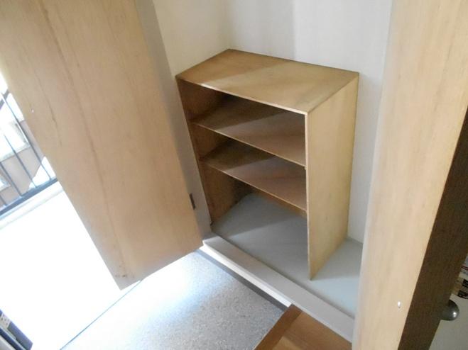 スプリングイセヤマ 204号室の収納