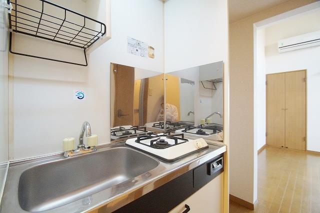 リヴィエール田島 102号室のキッチン
