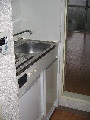 モアーズ上大岡 106号室のキッチン