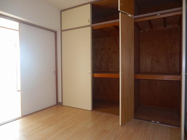 久里ハイツ 303号室の収納