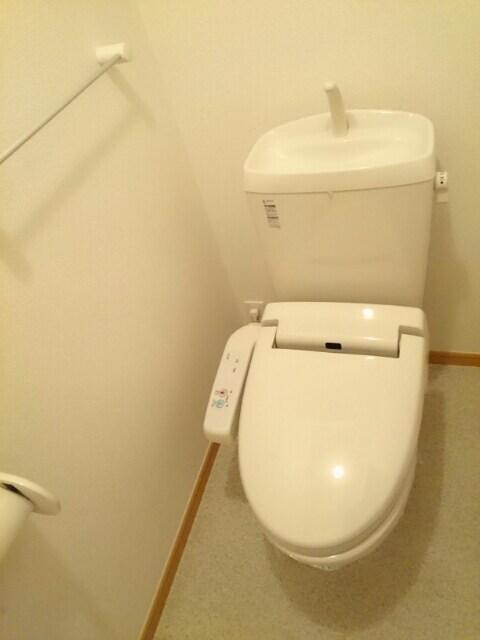 ドリーム ハウス 02030号室のトイレ