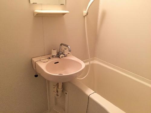 レオパレスヒルズ日野 201号室の風呂