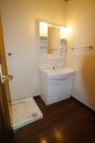 K・HouseⅠ 201号室の洗面所