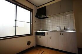 K・HouseⅠ 201号室のキッチン