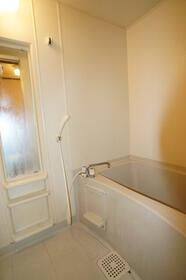 K・HouseⅠ 201号室の風呂
